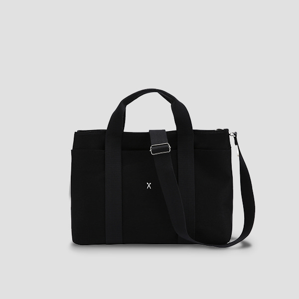 The Stacey Daytrip Tote Canvas M Black travel product recommended by Stacey on Lifney.