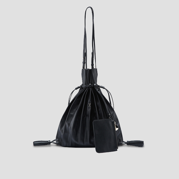 Lucky Pleats Shopper Rich Black