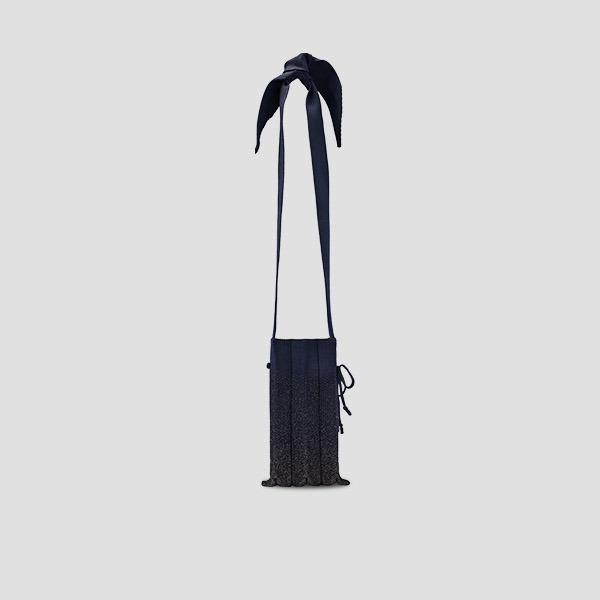 Lucky Pleats Knit Cellbag Galaxy Night